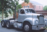 Custom Mack (1)
