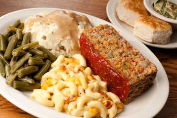 Cracker Barrel's meat loaf with mashed potatoes, green beans and mac and cheese