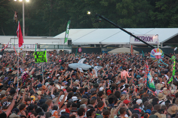 bonnaroo_crowd