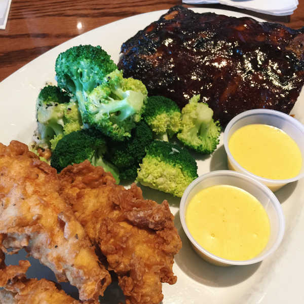 RIbs & Chicken Tenders Platter with Steamed Broccoli