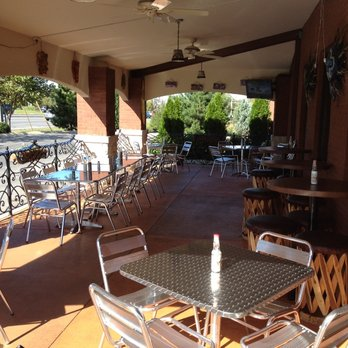 Dining Outdoors Murfreesboro Restaurants With Patio Seating