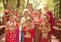 Classical Dancers of Wat Amphawan of America