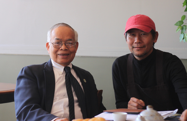 Rutherford County Commissioner  Chantho Sourinho with Noy Thepsouvan, owner of Thai Spice.