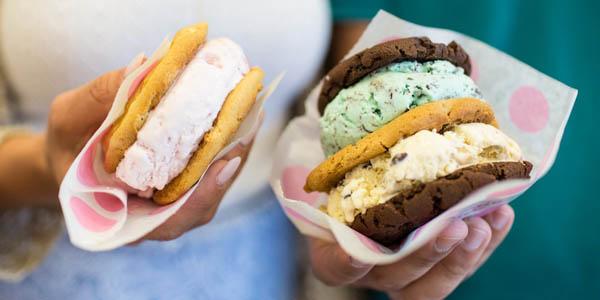 Baskin Robbins - Cookie Ice Cream Sandwich.jpg-large
